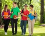 近两年美国联邦政府加紧访查全美招收国际学生的高中和大学,以防止欺诈行为。(Fotolia)