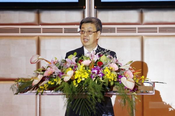陈建仁:年轻人的未来是政府的责任
