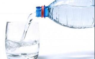女子喝北京酒店礦泉水 血液含乙酸
