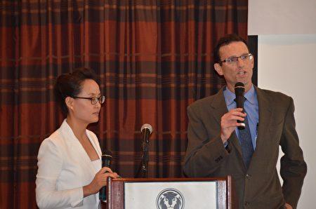 维吉尼亚梅森(Virginia Mason)医院医疗中心肺医学部负责人Dr. Anthony Gerbino介绍了慢性阻塞性肺病。(舜华/大纪元)
