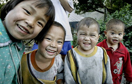 從這些表情裡你能看出孩子們的個性嗎?(HOANG DINH NAM/AFP/Getty Images)