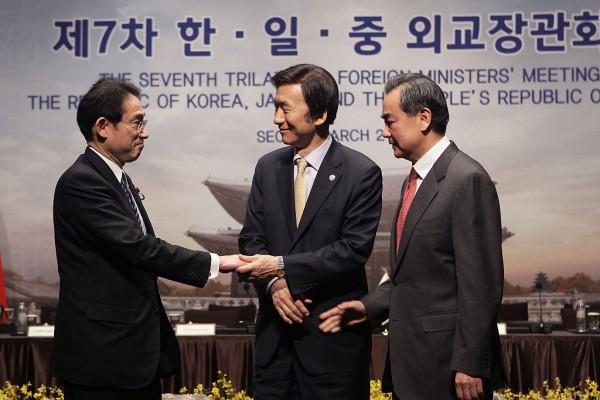 中日韩外长会敲定 为杭州G20首脑会谈铺路