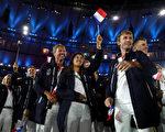 图为法国运动员在8月5日开幕式上。 (Cameron Spencer/Getty Images)