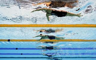 里約游泳賽事頻破紀錄,奧運泳池的建造被質疑。(Adam Pretty/Getty Images)