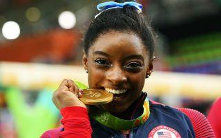 女子体操个人全能 美国名将拜尔斯夺金