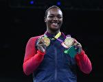 美国中量级女子拳击选手席尔兹(图)21日在里约奥运顺利卫冕金牌后表示,希望能鼓舞全美各地被践踏的一代年轻人。(Alex Livesey/Getty Images)