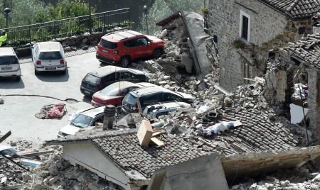 数十个村庄被摧毁。 (Giuseppe Bellini/Getty Images)