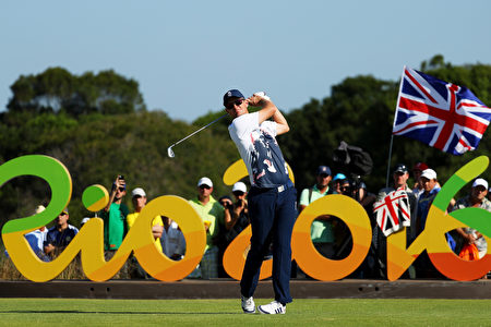 罗斯以268杆(67-69-65-67),低于标准杆16杆,赢得了自1904年以来的首场奥运会高尔夫比赛。(Scott Halleran/Getty Images)