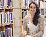 美国大学提前申请有几个好处,其中之一是录取率大增,对已经看准某校,且已经准备好的学生是个优势。(Shutterstock)