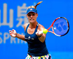 德国网球女将克柏获得了武汉公开赛冠军。(Kevin Lee/Getty Images)