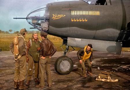 """二战中美国制造的B-26""""劫掠者""""(Marauder)轰炸机。(Courtesy of Marina Amaral)"""