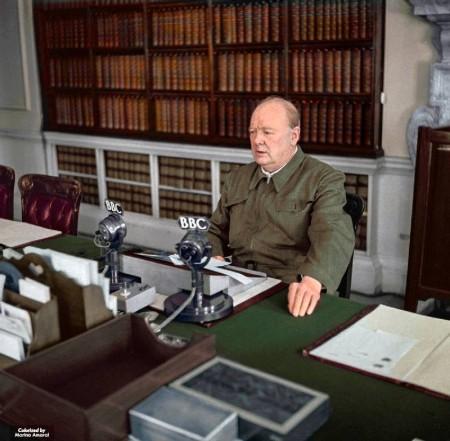 在二战初期的黑暗岁月里,丘吉尔武力不足,那时演说就是他的武器。他当时所发表的那些演说,可被列入最有力量英文演讲的史册。(Courtesy of Marina Amaral)