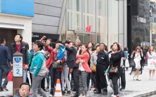 口味變了 中國赴日遊客愛買折疊傘