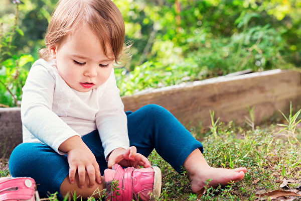 足部或鞋子常有异味去不掉?试试本文介绍的16个简单办法。(fotolia)