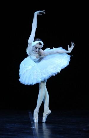 """洛帕特金娜被观众誉为""""最美丽的天鹅""""。(海鹏提供)"""