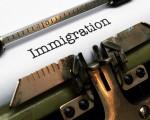 最新的民調顯示,超過80%的人反對庇護城市對非法移民的庇護,而且超過77%的人認為美國移民制度應該進行改革。(Fotolia)