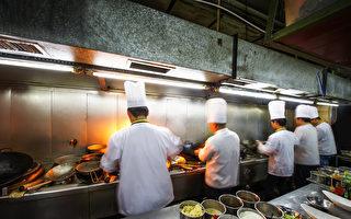 遭中餐馆剥削 美非法移民辛酸不敢诉