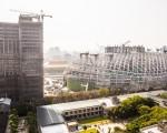 遠雄大巨蛋遭控施工不當,造成松山菸廠煙囪傾斜、地基下陷,台北地方法院14日判賠75萬8,417元。(陳柏州/大紀元)