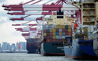 8月外銷訂單379.3億美元,較7月成長8.3%,終結連16個月負成長。(AFP)