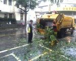 彰化市在梅姬台风过后清运出500吨垃圾。(郭益昌/大纪元)