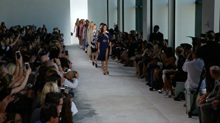 这次MICHAEL KORS的走秀模特中有好几位超模。