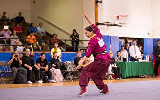 9月18日,森本翠柏以一套「大八極」獲得新唐人全世界華人武術大賽女子拳術組的銀獎。(戴兵/大紀元)
