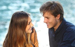 多年來的心理學研究表明,兩性青睞彼此有多種令人意想不到的心理因素。(Fotolia)