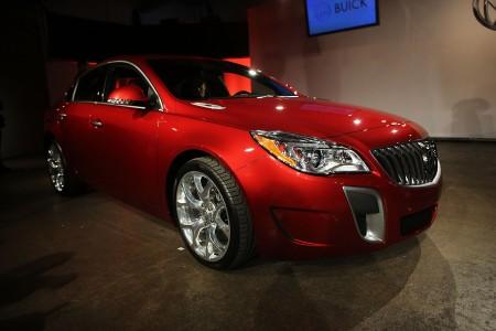 这款车价格最低,均价只有32,422美元。购买一年折旧的车款可节省10,117美元。(Spencer Platt/Getty Images)