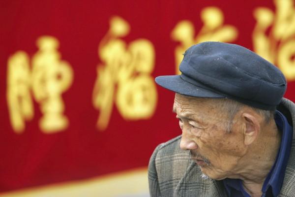 面對破敗的醫療系統 中國病人被迫自己製藥
