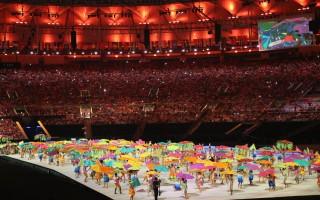 2016年殘奧會於當地時間9月7日晚在巴西里約熱內盧馬拉卡那體育館拉開了帷幕。圖為開幕式上表演。 (Friedemann Vogel/Getty Images)