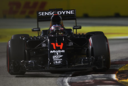 麦拉伦F1赛车 (Lars Baron/Getty Images)