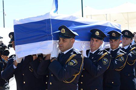 9月30日,八十多国际政要参加了佩雷斯的葬礼。 (Amos Ben Gershom/GPO via Getty Images)