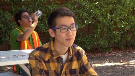 来自中国,UCLA研究生新生华牧天。(薛文/大纪元)