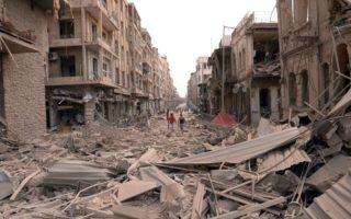 阿勒頗東部地區日前已經連續數日遭到夜襲。美國英國法國譴責敘利亞和俄羅斯的軍事行動。(AFP)