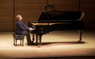 新唐人鋼琴大賽弘揚傳統藝術的理念,得到越來越多藝術家的支持和推崇。 (大紀元資料圖)