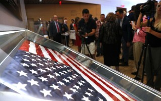位于曼哈顿下城的911纪念馆,开业不久,已经在世界博物馆中排名第六。 (Spencer Platt/Getty Images)