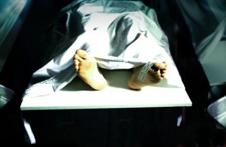女大学生格拉谢拉‧H在太平间醒来,她从濒死体验中获得了深刻的生命体悟。(Shutterstock)