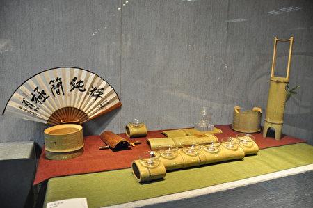 展出精美作品之一,竹雕。(赖月贵/大纪元)