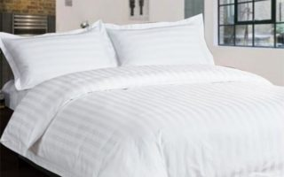 更换过的床单上,会有明显的折痕。(网络图片)