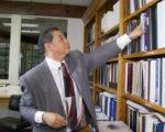 梁兆清將於11月8日競選連任聖蓋博谷水利局董事。(楊陽/大紀元)