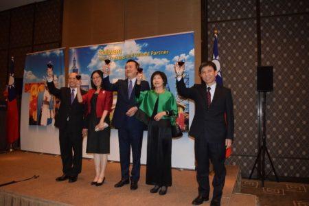 組圖:中華民國國慶 海外華人歡欣慶祝