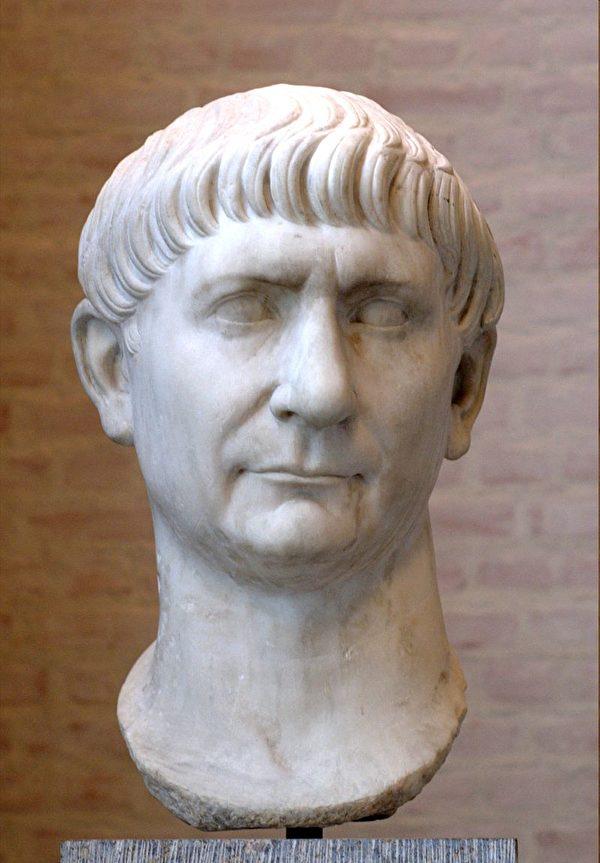 【文史】羅馬帝國興衰記(11)安敦尼王朝 | 圖拉真 | 小普林尼 | 涅爾瓦