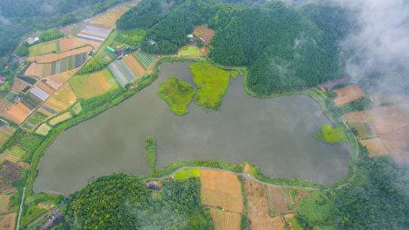 台湾宜兰双连埤浮岛 台风后竟飘移百米