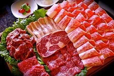 新鲜烤肉食材。(李今春 /大纪元)