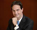 爱马仕手表新任CEO Laurent Dordet摄于2015年11月26日总公司。(FABRICE COFFRINI/AFP/Getty Images)