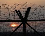 韩国媒体报导,金正恩对最近驻英大使馆公使出逃事件追究责任,整肃了外务省副相(副部长)弓锡雄(Kung Sok-Ung)。(Chung Sung-Jun/Getty Images)