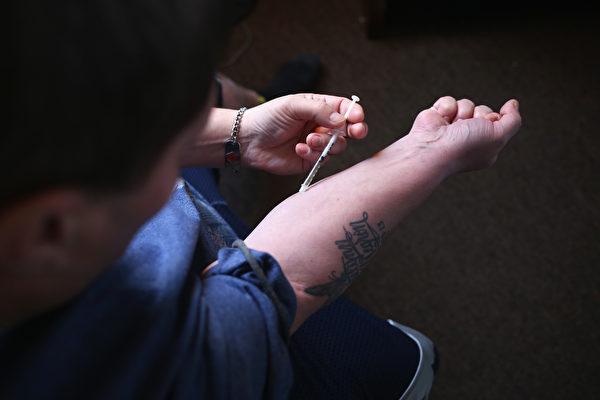 缉毒署说,美国的大多数合成毒品来自于中国。 (John Moore/Getty Images)