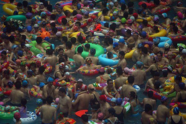 溺死现在是14岁以下儿童的头号杀手,超过了交通事故和传染病。 (China Photos/Getty Images)