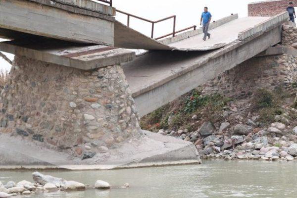 近些年来,大陆各地不断发生大桥坍塌事故。(网络图片)