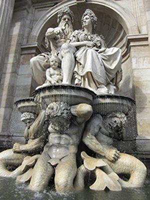 波波里花园的巴洛克式雕像。(pixabay)